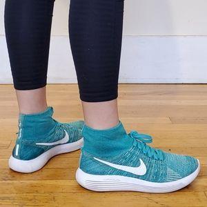 Nike Lunar Epic Flyknit Hi